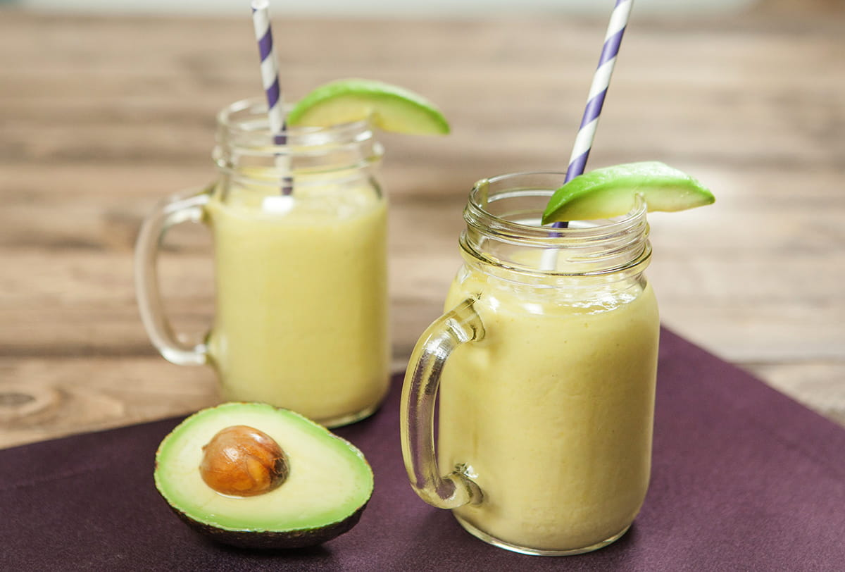 Avocado and Coconut Refresher Smoothie