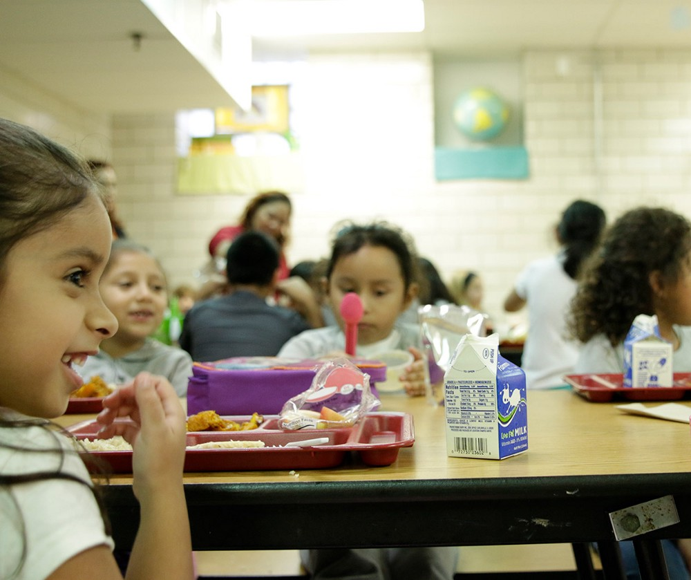 Children eating in lunch room