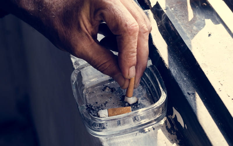 how hard is it to quit smoking