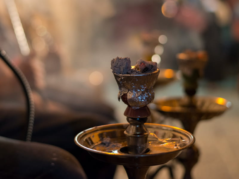 Hookah smoking gains popularity amid growing evidence of