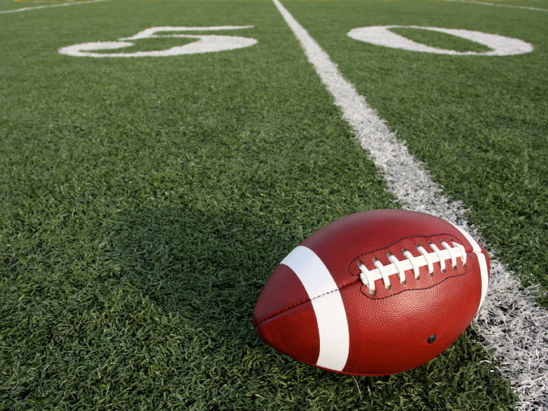 Do NFL players' hearts take a hit from football? | American Heart  Association