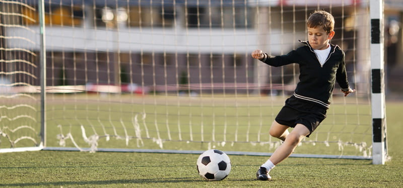 Soccer is called the beautiful game, but injuries also can make it a  dangerous one | American Heart Association