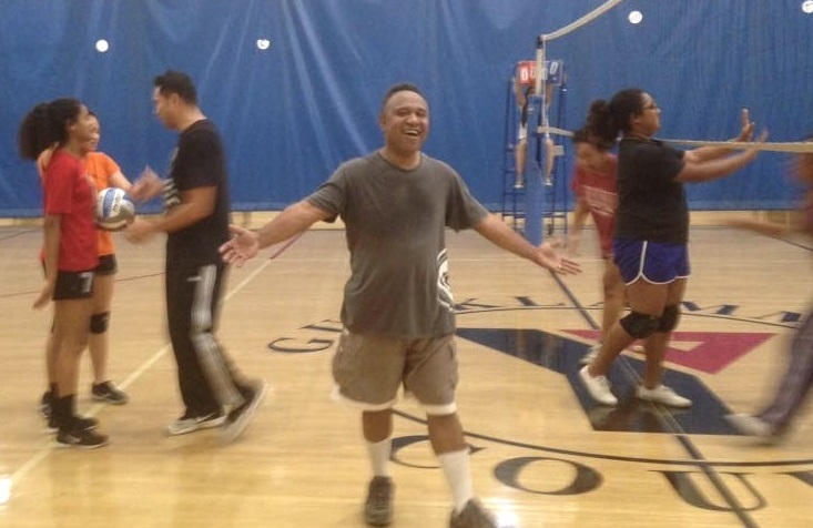John Lavaki, playing volleyball with the family. (Photo courtesy of John Lavaki)