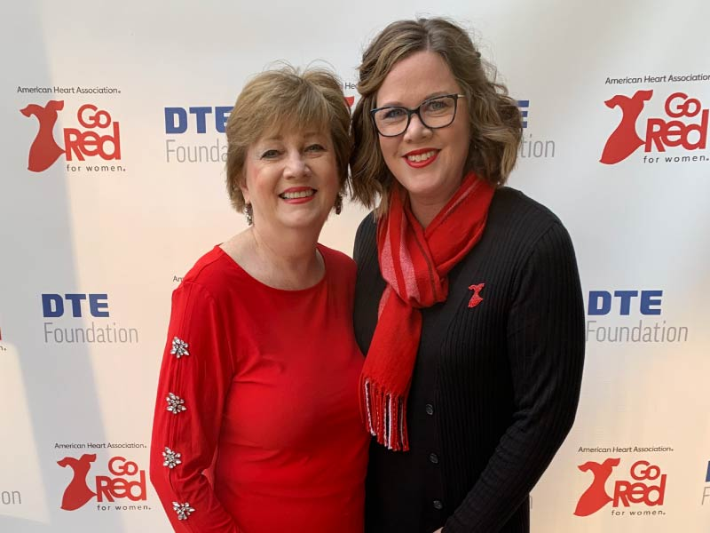 Kelly Sosnowski (right) and her mother, Susan Hodgins, at an AHA Go Red for Women event in 2020. (Photo courtesy of Kelly Sosnowski)